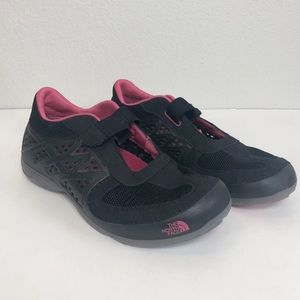 The North Face Hydroshock Mary Jane Black Flats 9